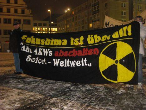 2013-03-11 Mahnwache Fukushima Leipzig (15)