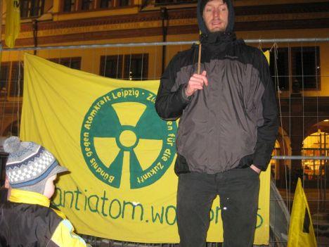 2013-03-11 Mahnwache Fukushima Leipzig (16)