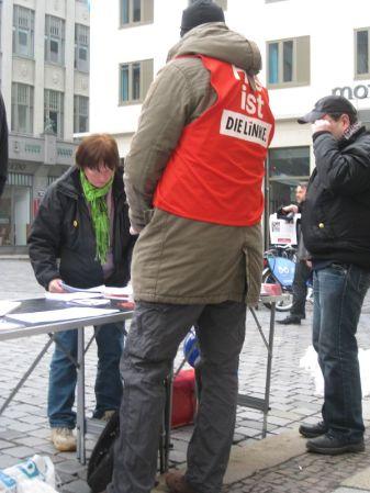 2013-03-30 Ostermarsch Leipzig (14) die linke