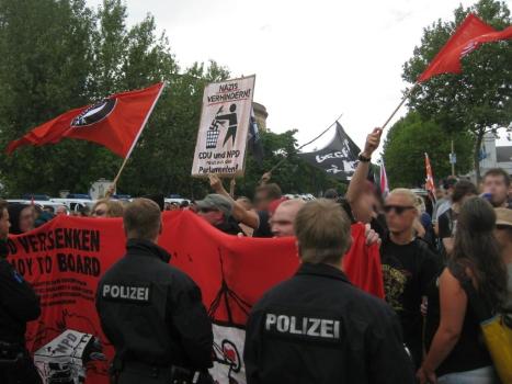 2013-08-17 Demo Antifa Leipzig nimmt Platz gegen NPD Kundgebung (10)