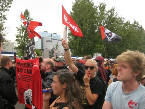 2013-08-17 Demo Antifa Leipzig nimmt Platz gegen NPD Kundgebung (11)