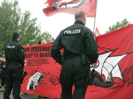 2013-08-17 Demo Antifa Leipzig nimmt Platz gegen NPD Kundgebung (5)