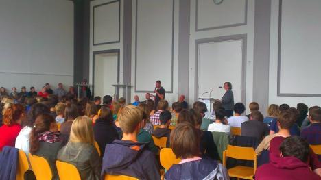 2013-09-05 Podium Bundestagswahl - Evangelisches Schulzentrum Leipzig Mike Nagler
