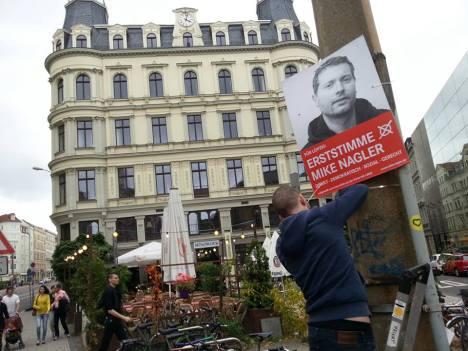 2013 Plakate haengen Leipzig Zentrum Sued
