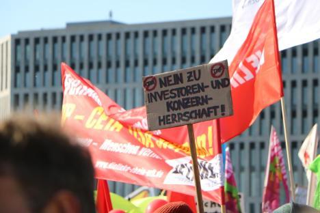 2015-10-10 Demonstration gerechter Welthandel TTIP CETA stoppen Berlin (13)