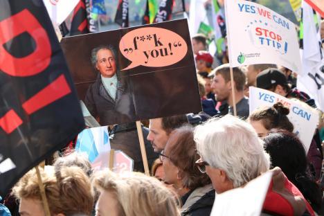 2015-10-10 Demonstration gerechter Welthandel TTIP CETA stoppen Berlin (28)