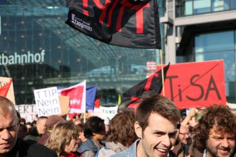 2015-10-10 Demonstration gerechter Welthandel TTIP CETA stoppen Berlin (4)