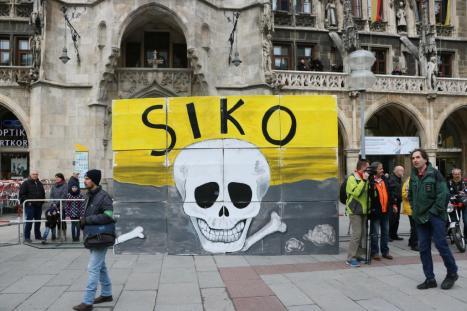 2016-02-13 Demonstration Sicherheitskonferenz Muenchen SIKO (20)