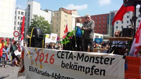 2016-05-28 Demo Leipzig TTIP Pax Christi - Martin Herndlhofer1