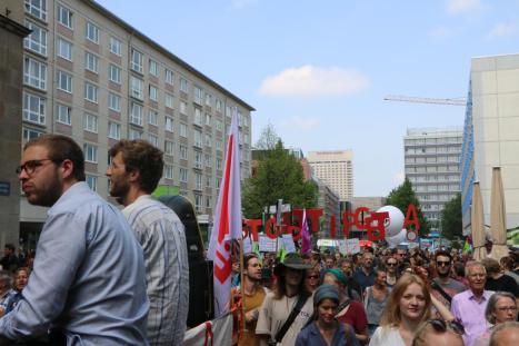 2016-05-28 Demo StopTTIPundCETA Leipzig Katholikentag (13)