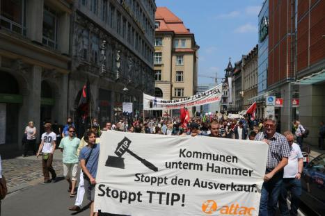 2016-05-28 Demo StopTTIPundCETA Leipzig Katholikentag (14)