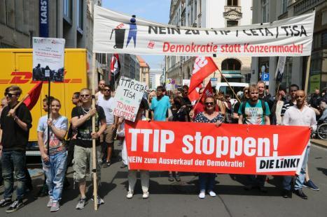 2016-05-28 Demo StopTTIPundCETA Leipzig Katholikentag (17)