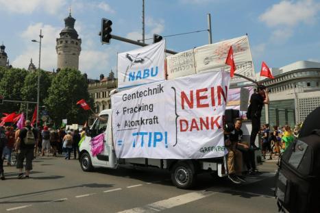 2016-05-28 Demo StopTTIPundCETA Leipzig Katholikentag (22)