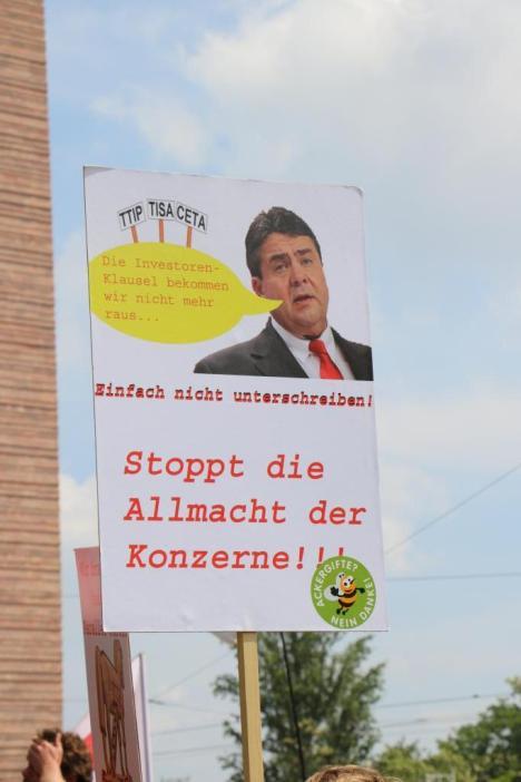 2016-05-28 Demo StopTTIPundCETA Leipzig Katholikentag (26)