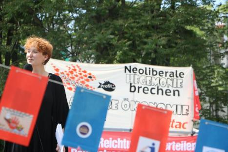 2016-05-28 Demo StopTTIPundCETA Leipzig Katholikentag (35) LINKE Anja Klotzbuecher