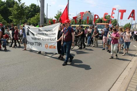 2016-05-28 Demo StopTTIPundCETA Leipzig Katholikentag (8)