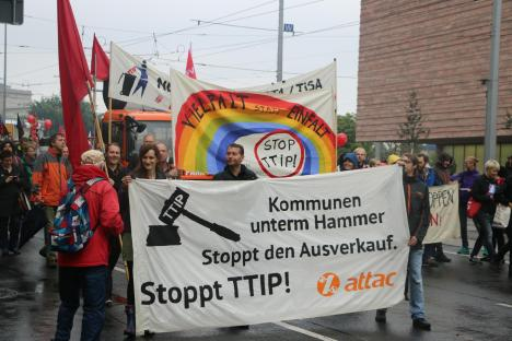 2016-09-17-demonstration-leipzig-gegen-ceta-ttip-10-attac-stoppt-den-ausverkauf