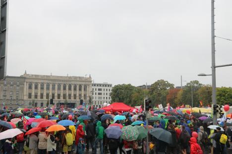 2016-09-17-demonstration-leipzig-gegen-ceta-ttip-2-platz-fuellt-sich-langsam